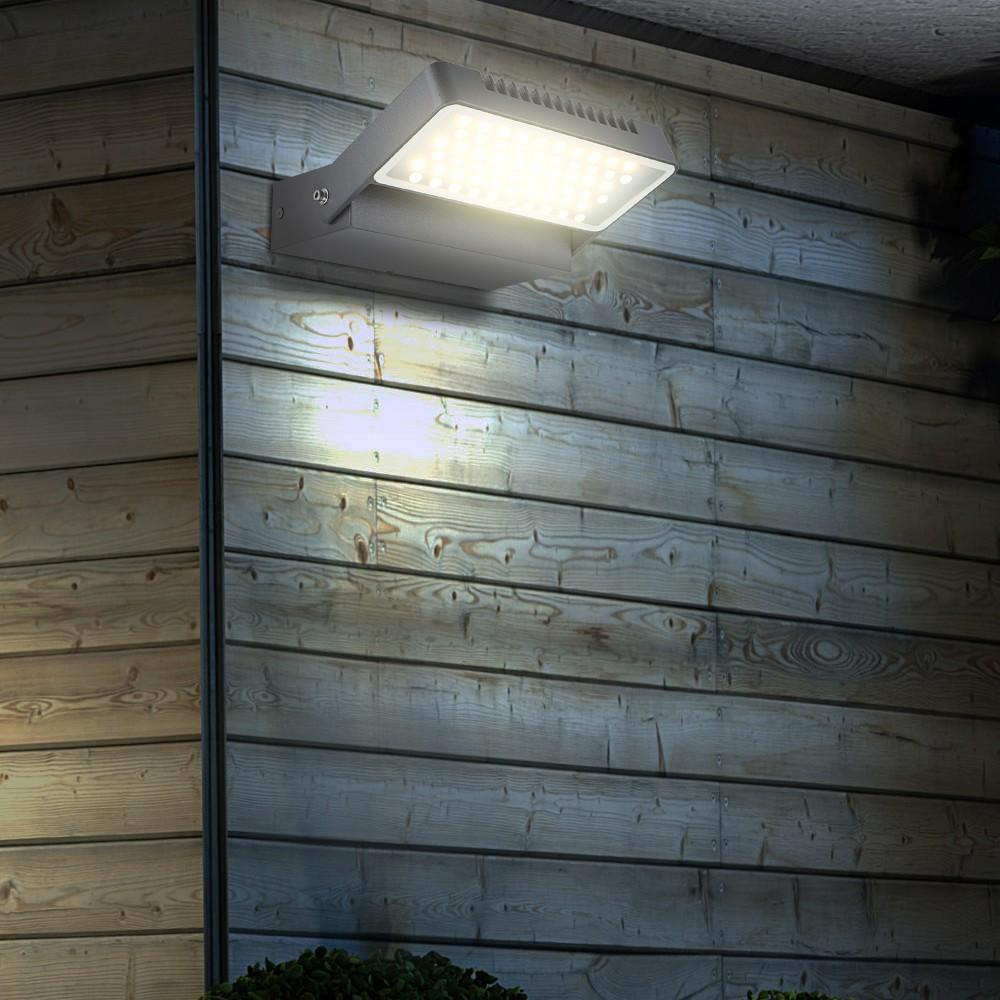 zwei led au enlampen mit aluminiumgeh use lampen m bel. Black Bedroom Furniture Sets. Home Design Ideas