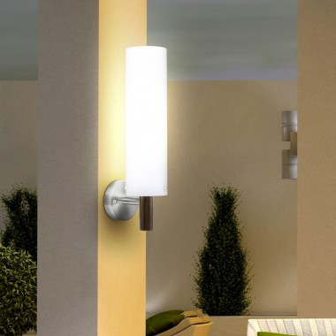 wandleuchte im zeitlosen design f r den au enbereich. Black Bedroom Furniture Sets. Home Design Ideas
